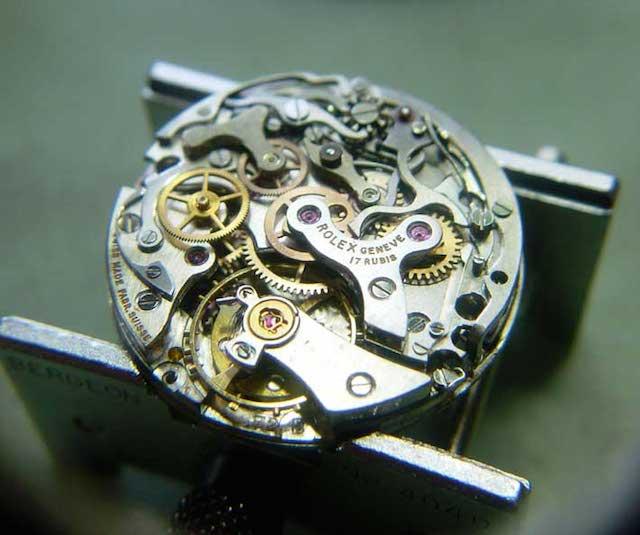 三重県で時計の修理やオーバーホールを行なっているアトリエキャビノチェ
