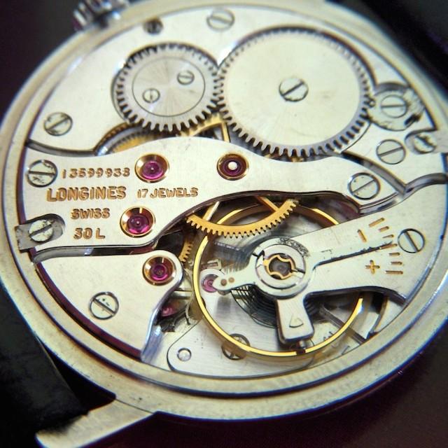 ロンジンの手巻き機械式時計ムーブメント