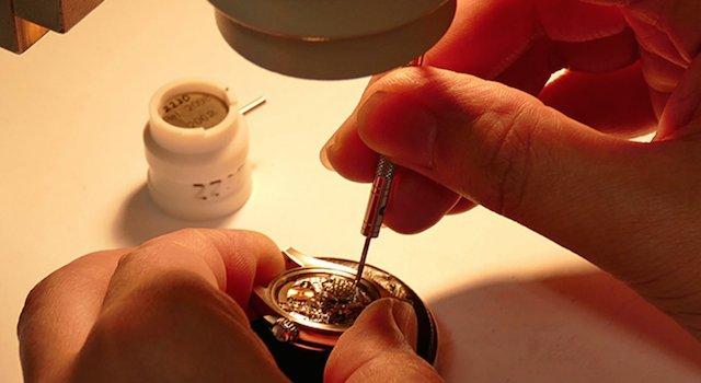 三重県で時計のオーバーホールができる奥野時計