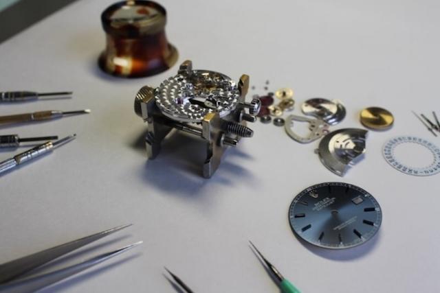 広島で時計のオーバーホールを行っている評判の良い修理店