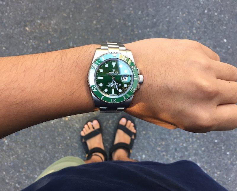 ロレックスのグリーンサブマリーナ16610lv greensubmariner
