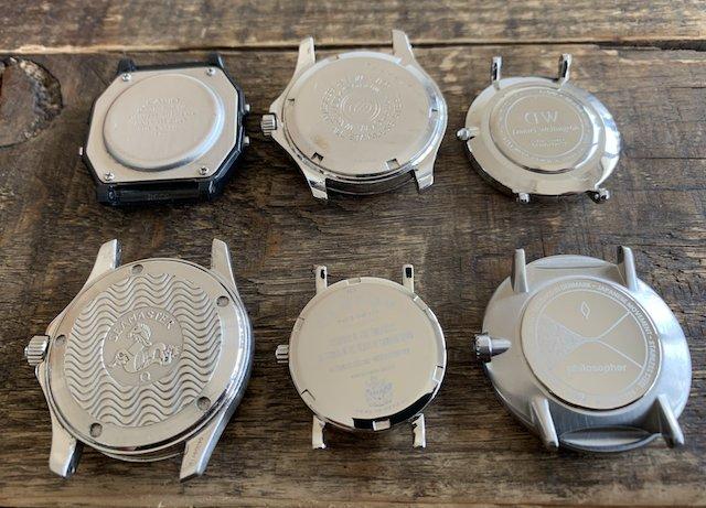 時計の裏蓋の種類、ねじ込み式裏蓋スクリーバーックと、こじ開け裏蓋とねじ式の裏蓋
