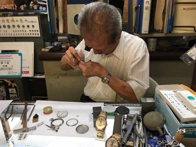 佐賀県で時計のオーバーホールや修理をおこなうナカシマパーツ
