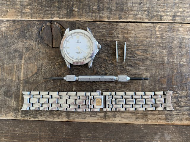 バネ棒の時計のベルトの外し方