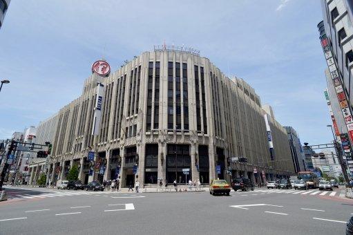 ダニエルウェリントン、新宿で販売している場所はどこ?