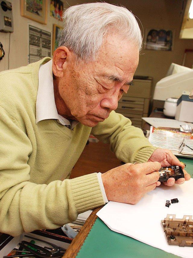秋葉原で時計の修理やオーバーホールを行なっている山内時計店