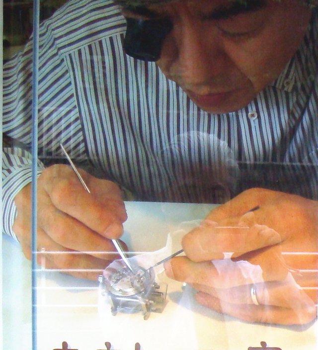 宇都宮で時計のオーバーホールや修理を行なっている新国時計店