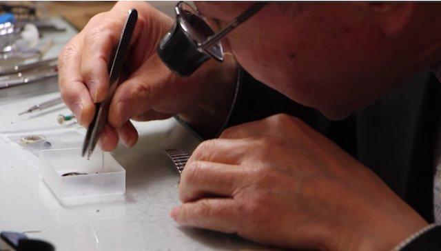 熊谷市で時計オーバーホールを行なっている、おすすめの修理専門店