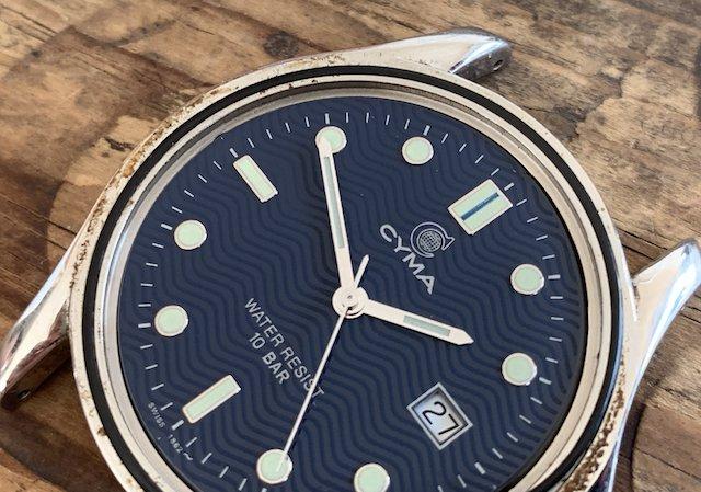 腕時計のパッキンが劣化して内部に錆びサビ