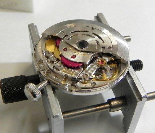 山形県でロレックスのオーバーホールや修理を行なっている精工堂時計店