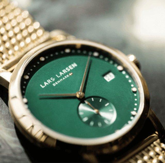 ラースラーセンのグリーンゴールドの時計
