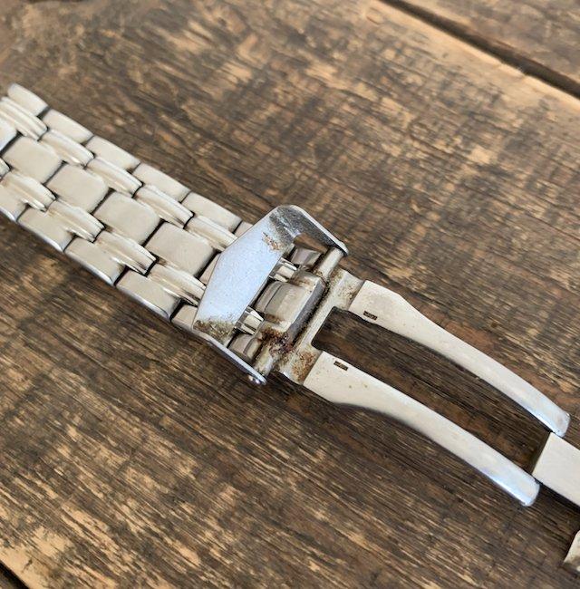 腕時計のメタルベルトの錆び