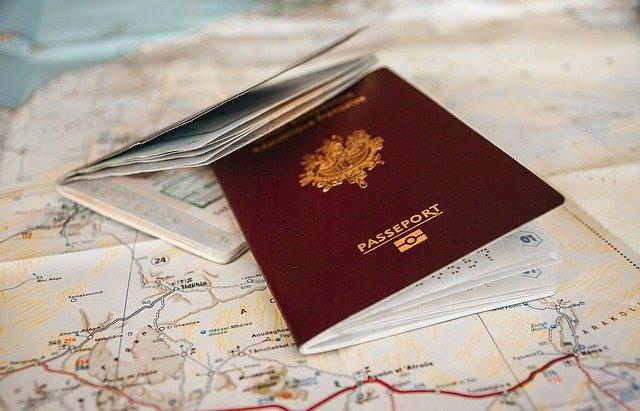 海外渡航時、時計の申告手続きはどのようにするべき?