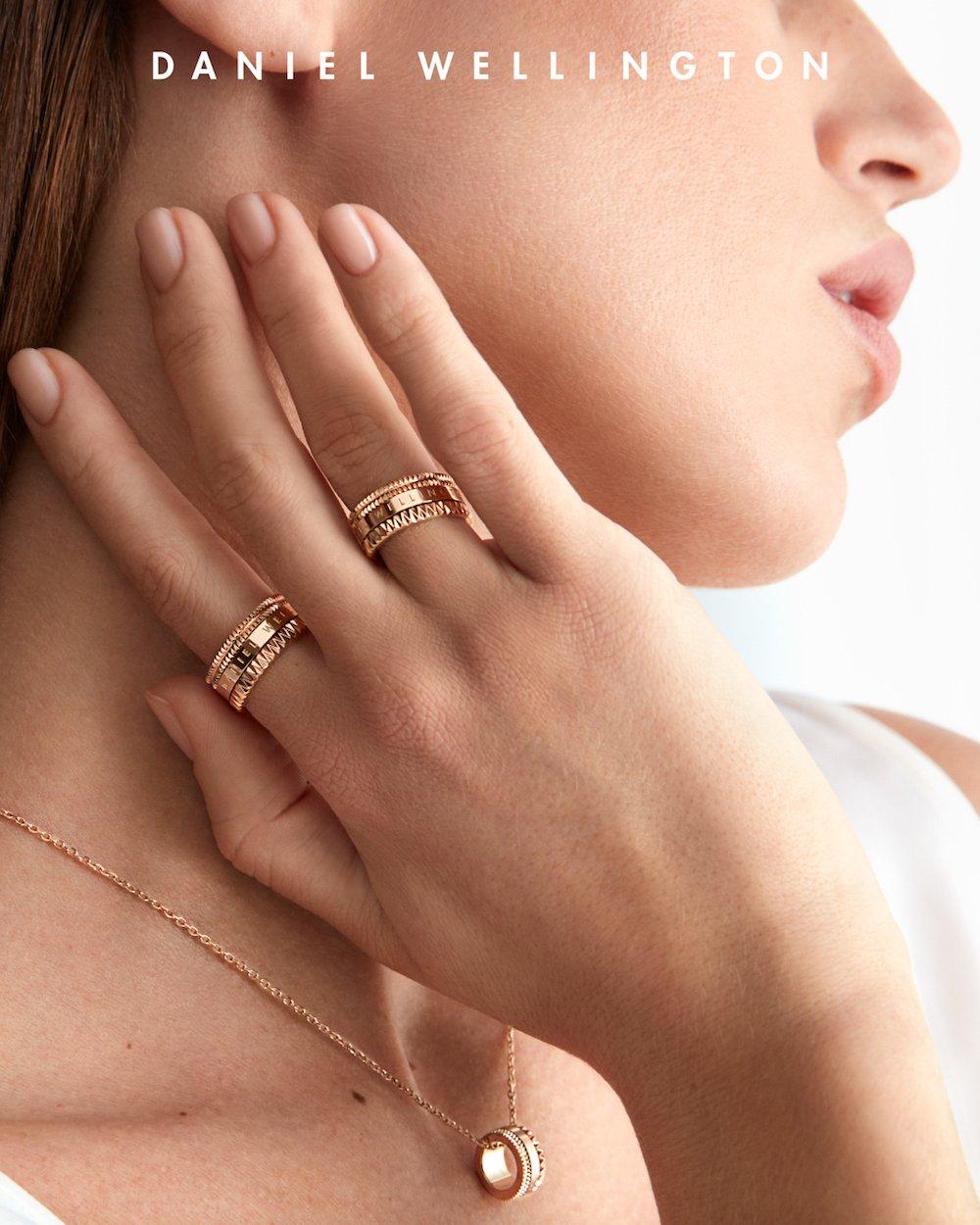 ダニエルウェリントンから、Elevationジュエリーコレクションが指輪とネックレスが販売、どっちがおすすめ?